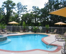 Mimslyn Inn Pool
